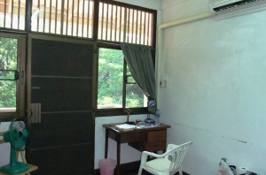 air con 100 sq feet room with a view n balcony