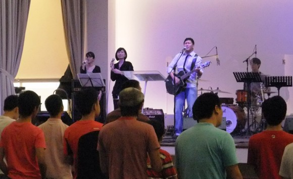 praise and worship by Pastor Navin