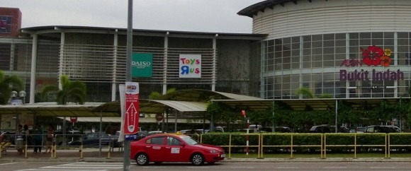 Bus stop in front of Bukit Indah (also taxi stand)