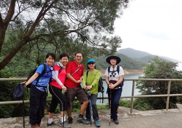 Pleasant walk beside the reservoir up a gentle slope.