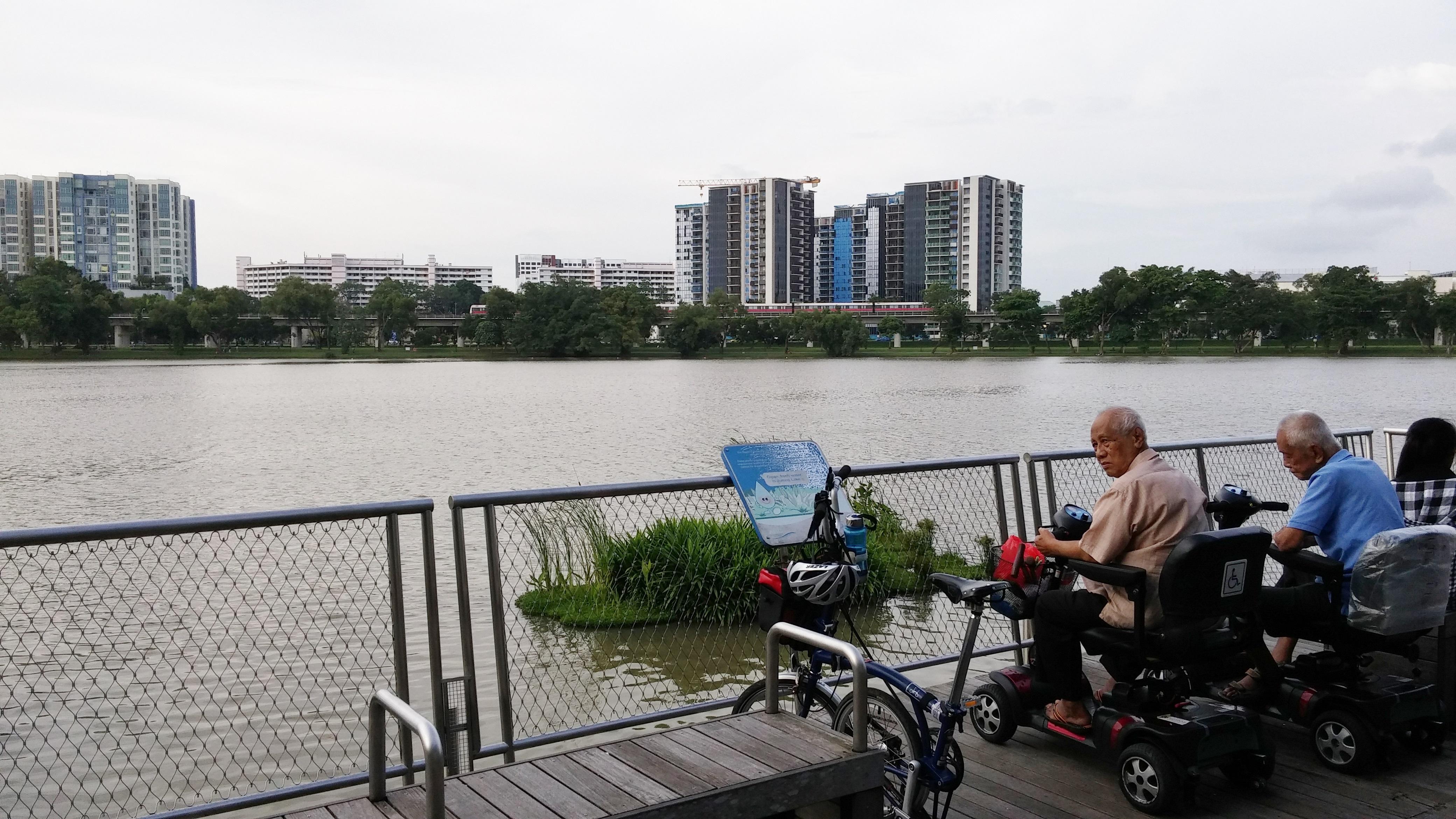 Jurong Lake Promenade